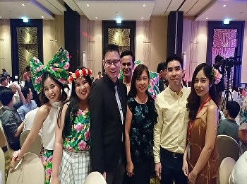 Airline Business lecturers and alumni of International College, Suan Sunandha Rajabhat University, were joining the Thai Vietjet – 'Blooming in the Sky' night