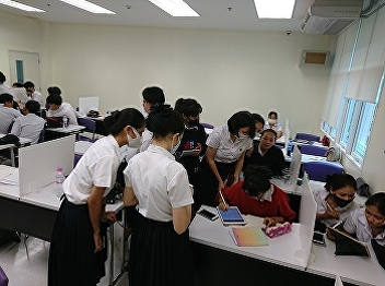 International College, Suan Sunandha Rajabhat University Airline Business students with the activities in class of Airline Customer Service