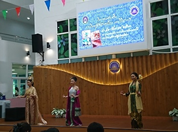 International College, Suan Sunandha Rajabhat University set the Thai Culture learning center of Suan Sunandha Palace